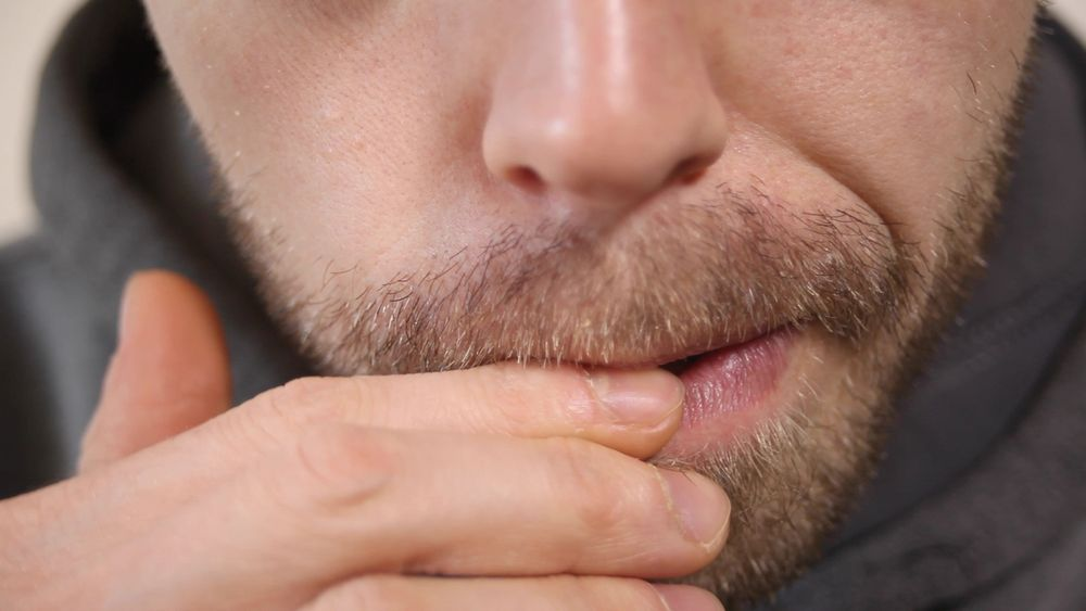Lucruri interesante despre unghiile tale - ROSUL UNGHIILOR